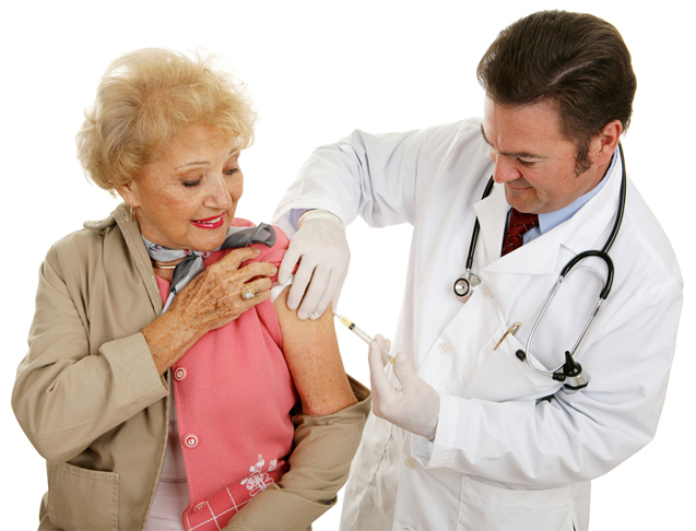 Seniors Who Skip Out on Flu Shots May Suffer, Doctors Say